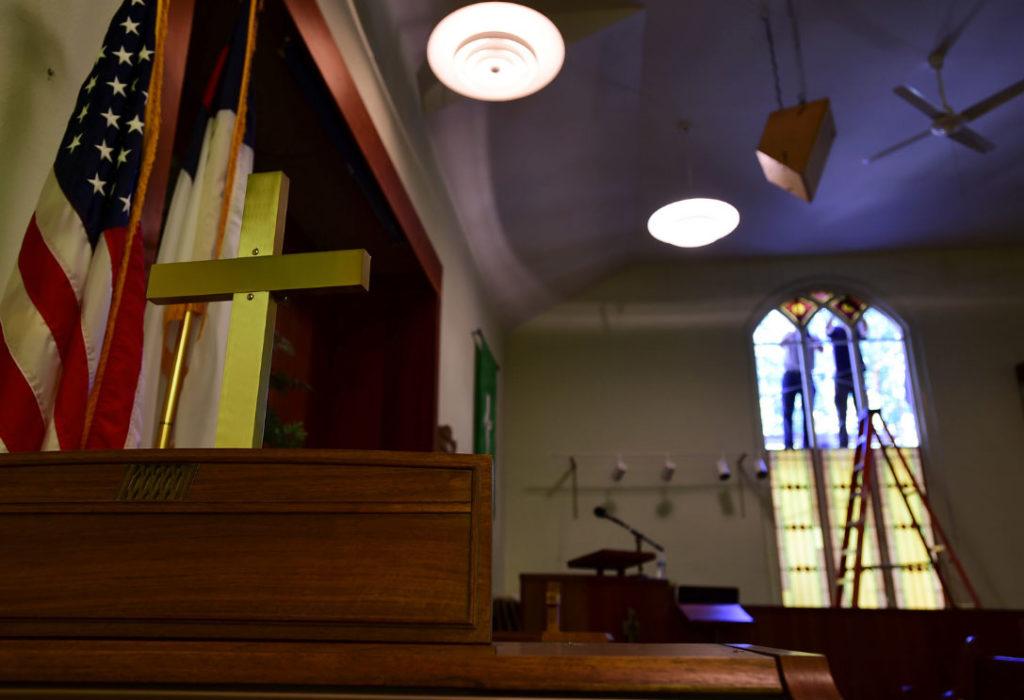 Stained-Glass-Restoration-at-Hygiene-Methodist-Church-05