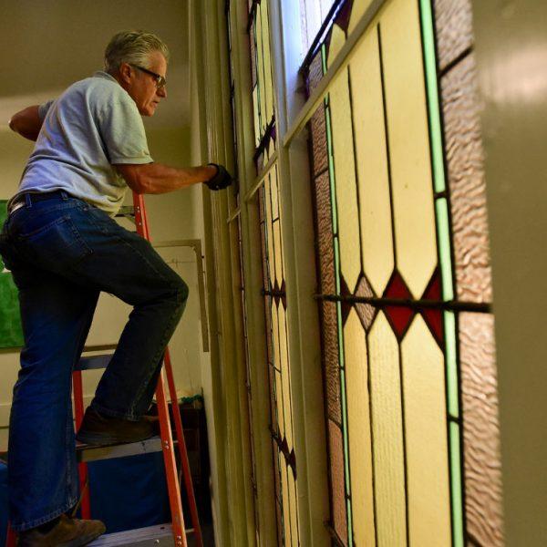 Hygiene-Methodist-Church-Stained-Glass-Restoration-check